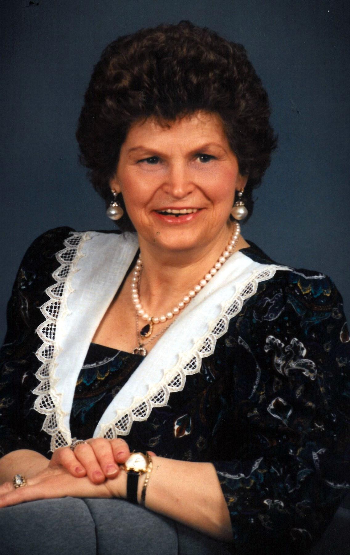 Gerda Charlotte  Schmidt