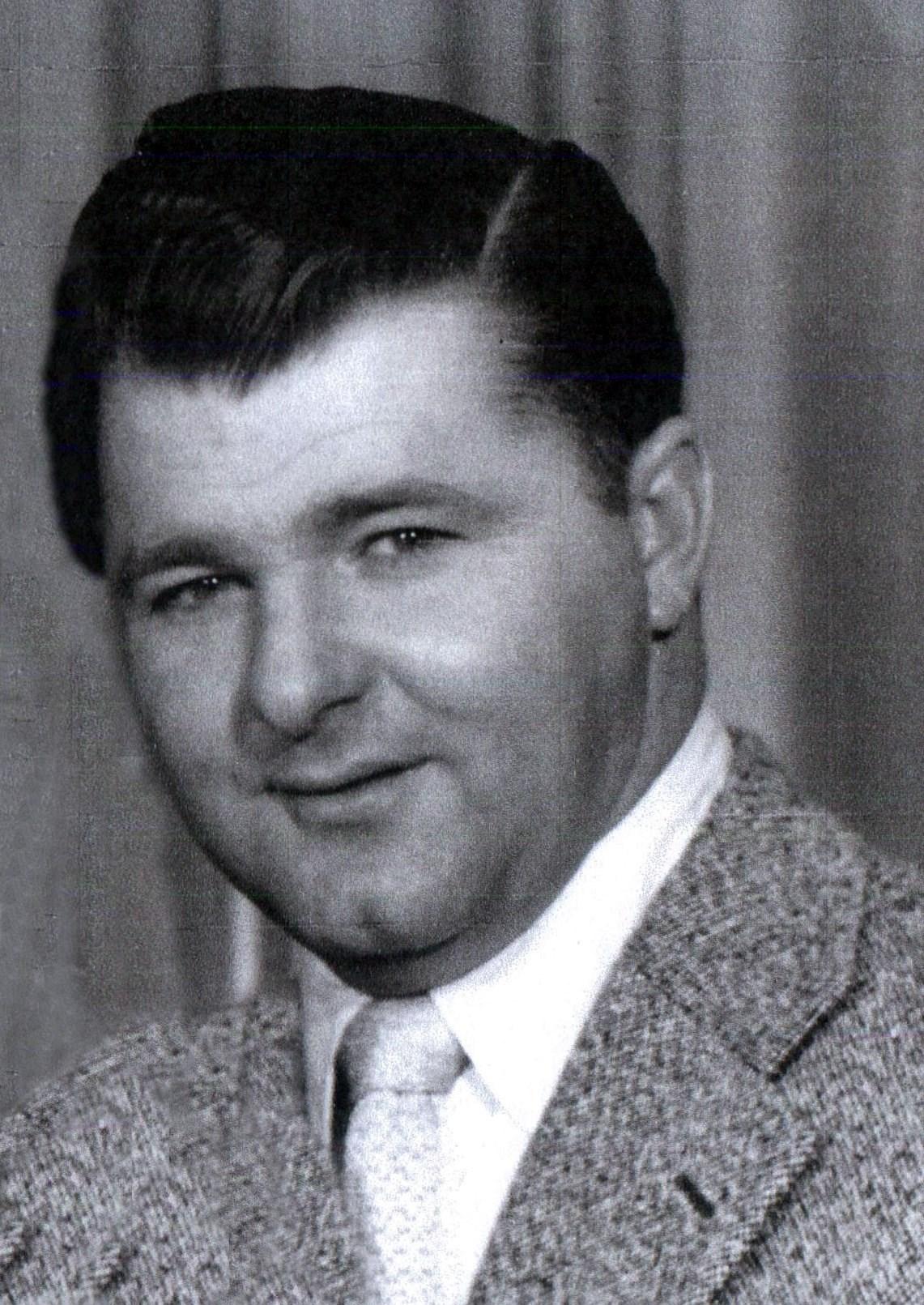 Earl F.  Feaganes
