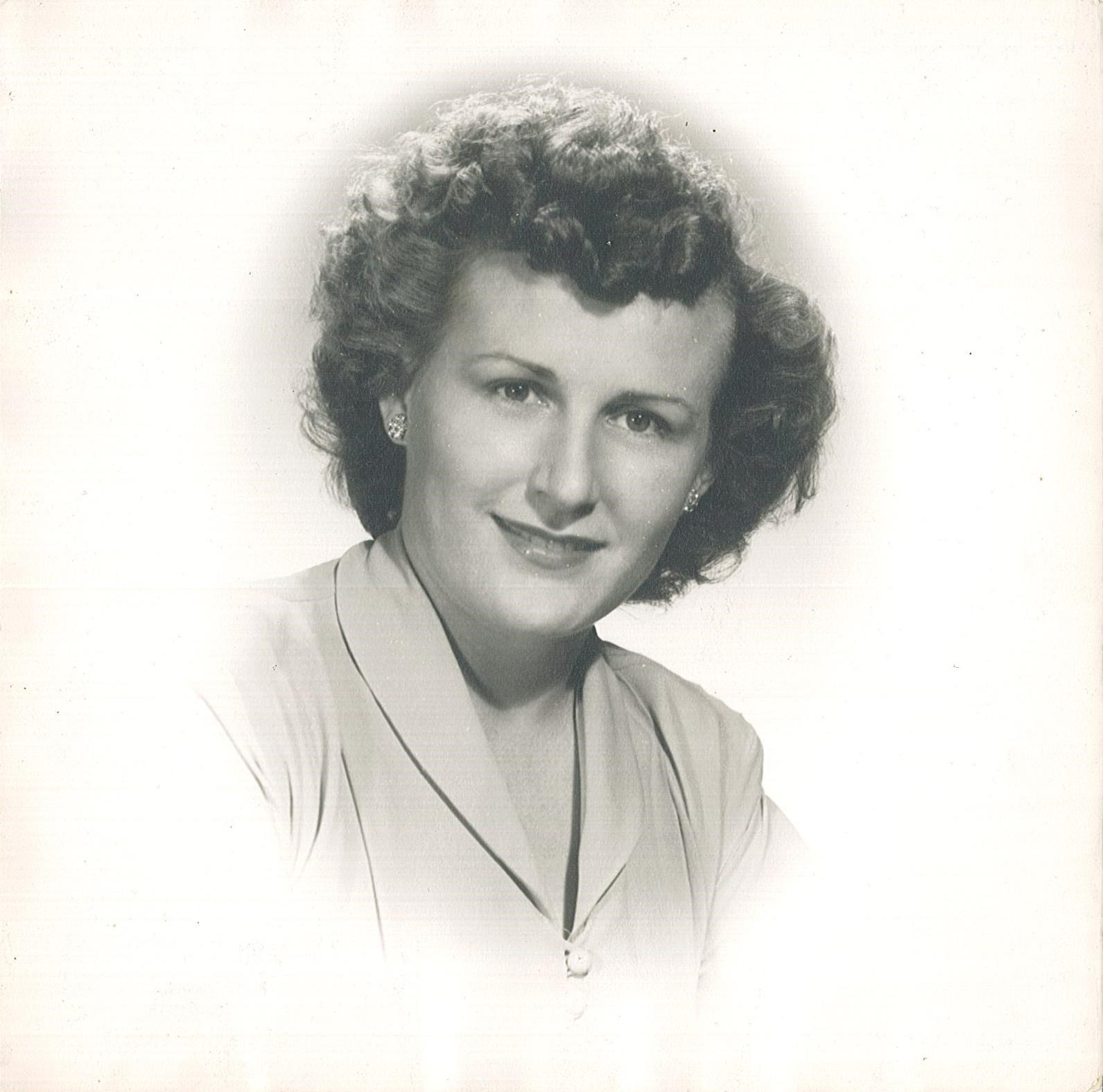 Betty Fields