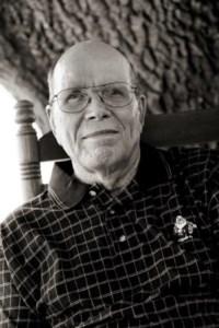 Travis Lindy  Davenport