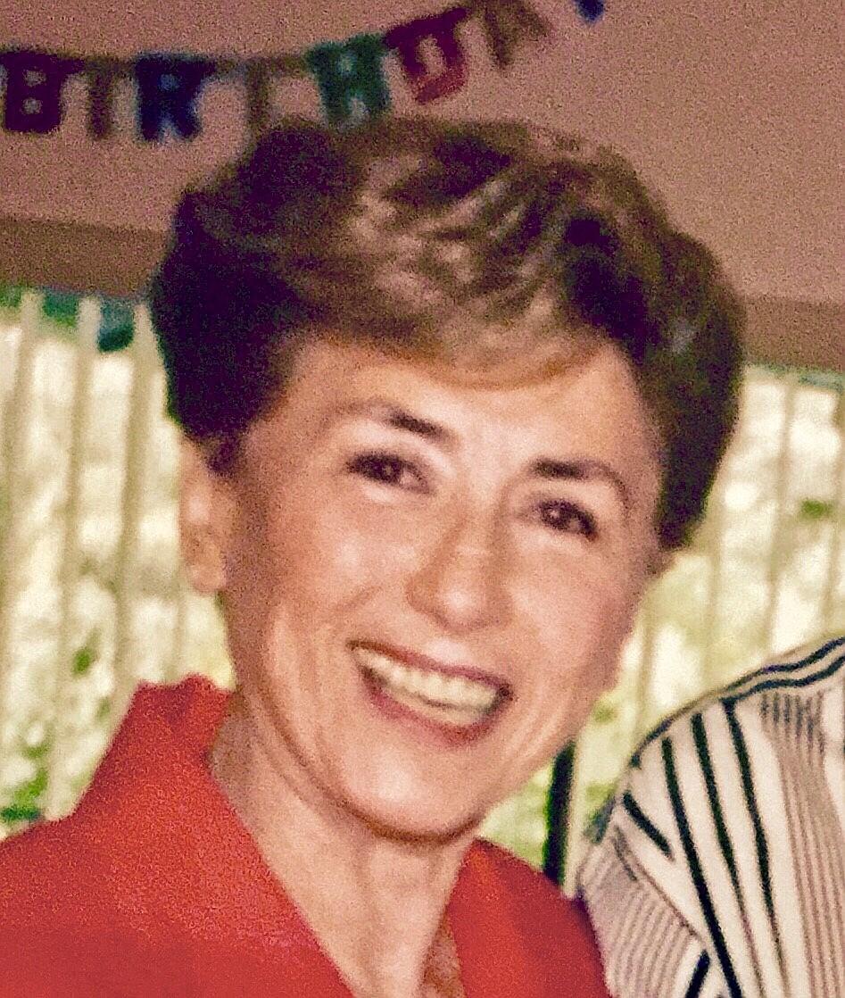 Lillian  Caine