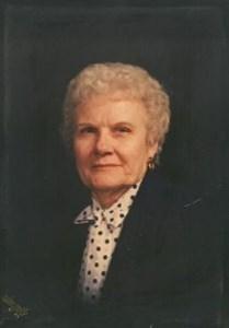 Maxine  Turner