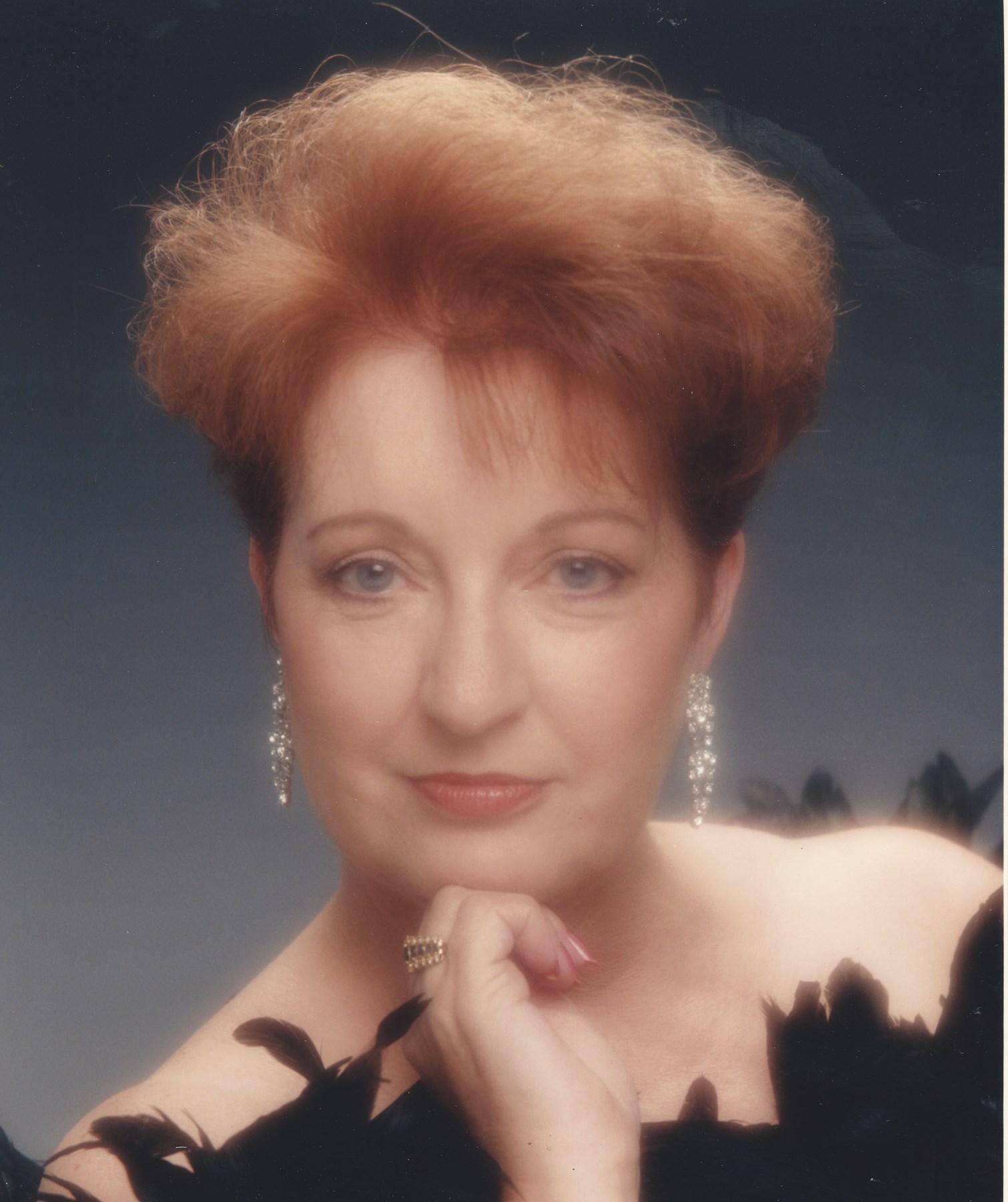 Monique La Belle