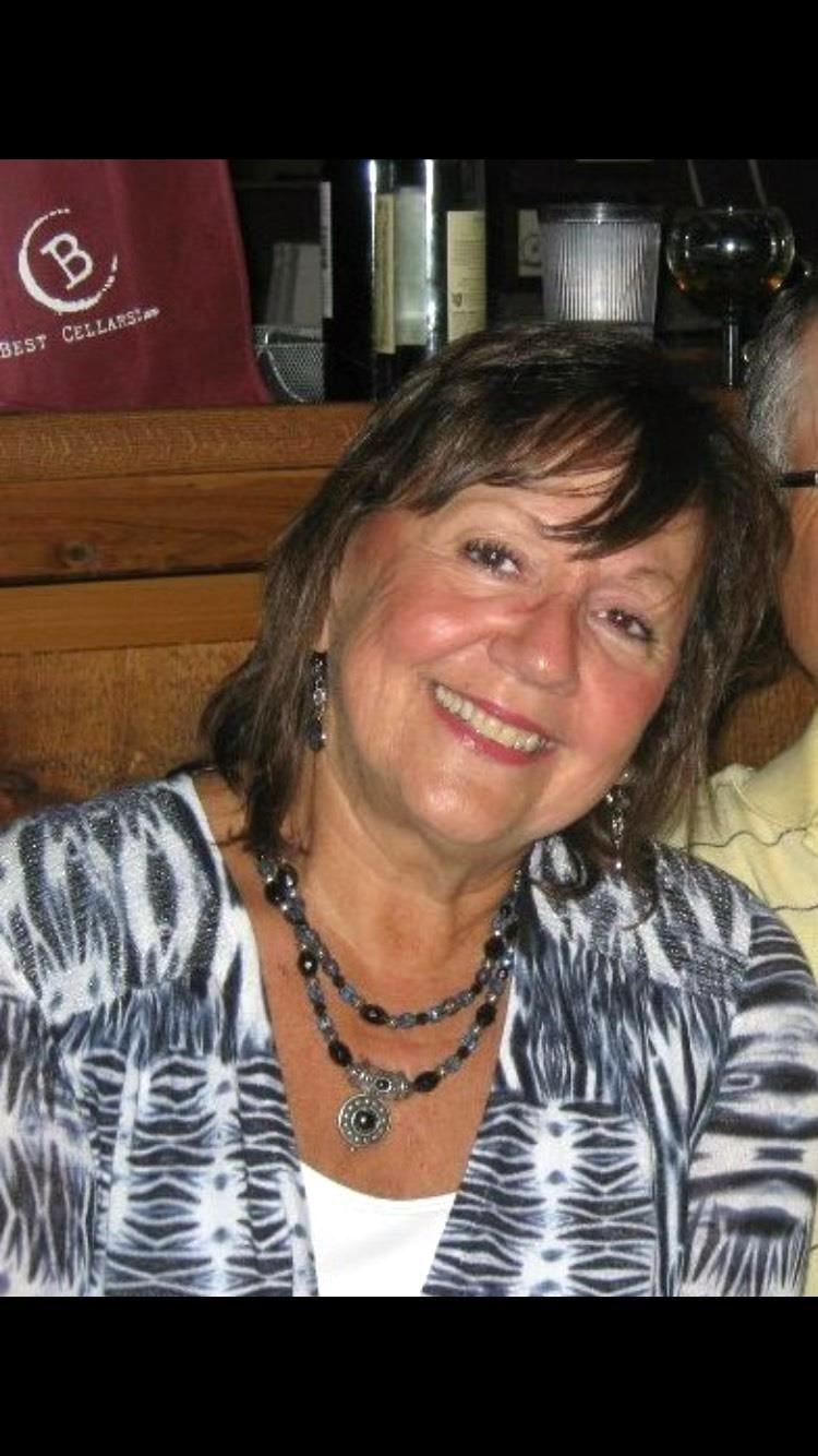 Debbie  Manente