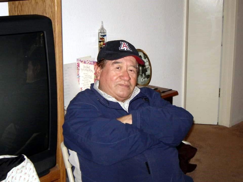 Salvador  Mijares Flores