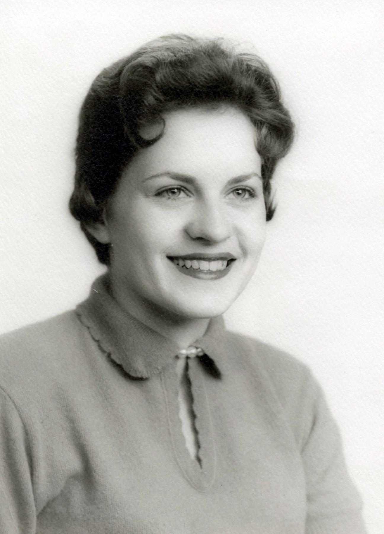 Dorothea Lee  Pryse