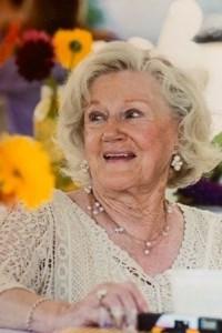Geraldine  Yotides