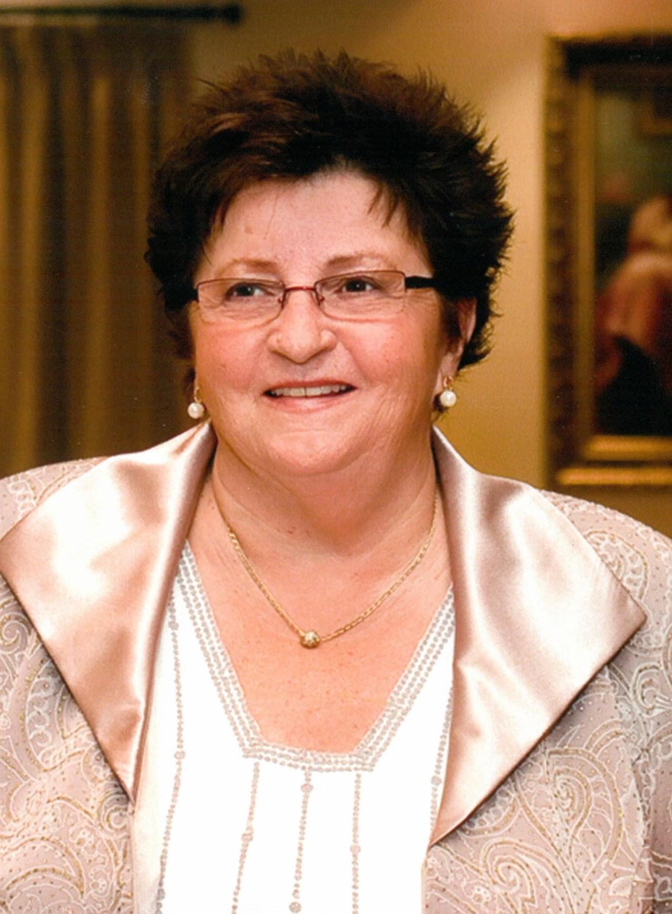 Yvonne  McIntyre