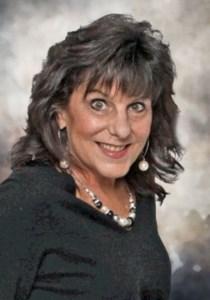 Julie  Côté
