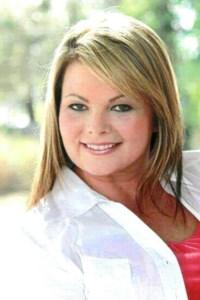 Lori Suzanne  Miller