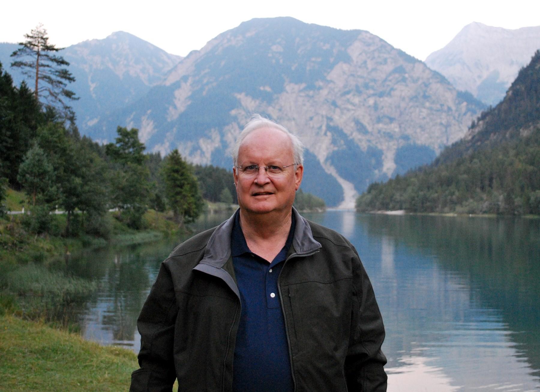 Mr.  Mike  Gibbs
