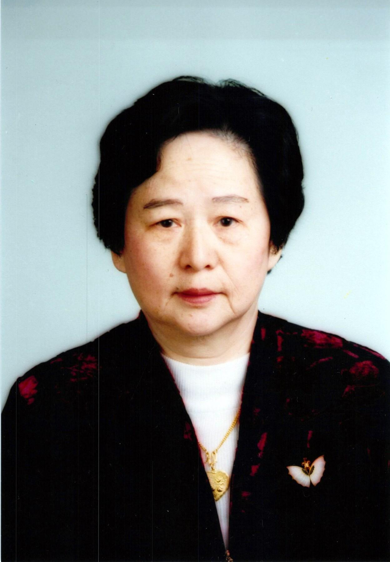 Chei Wen  (Pen) Tong