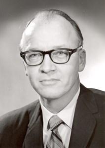 Dr. Edgar  Draper