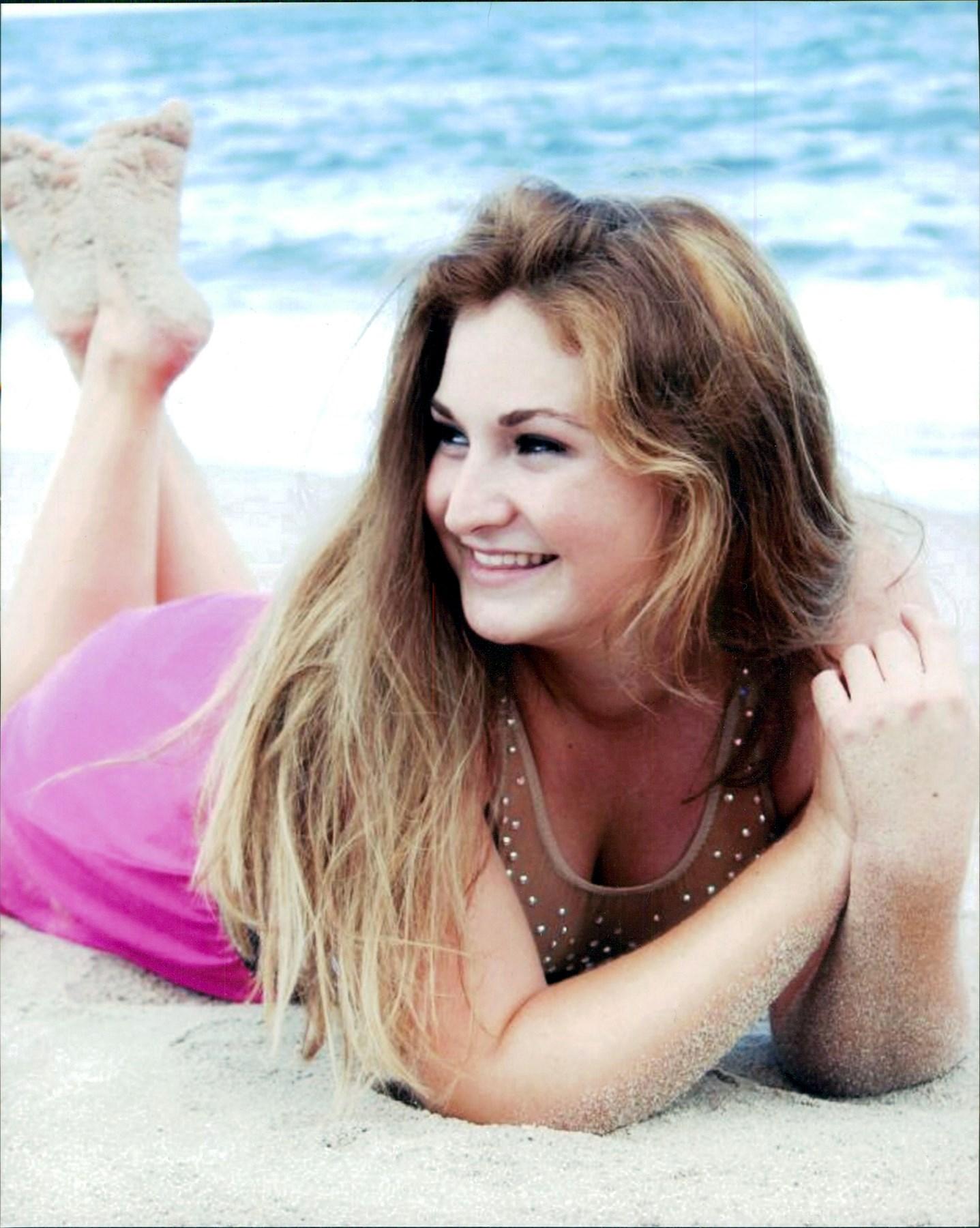 Amber Chelsea  Reif