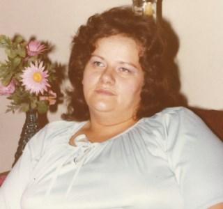 Linda Gail  Lessner