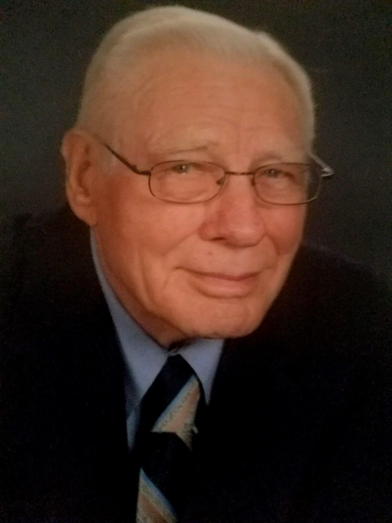 Charles Wayne  Chrisman