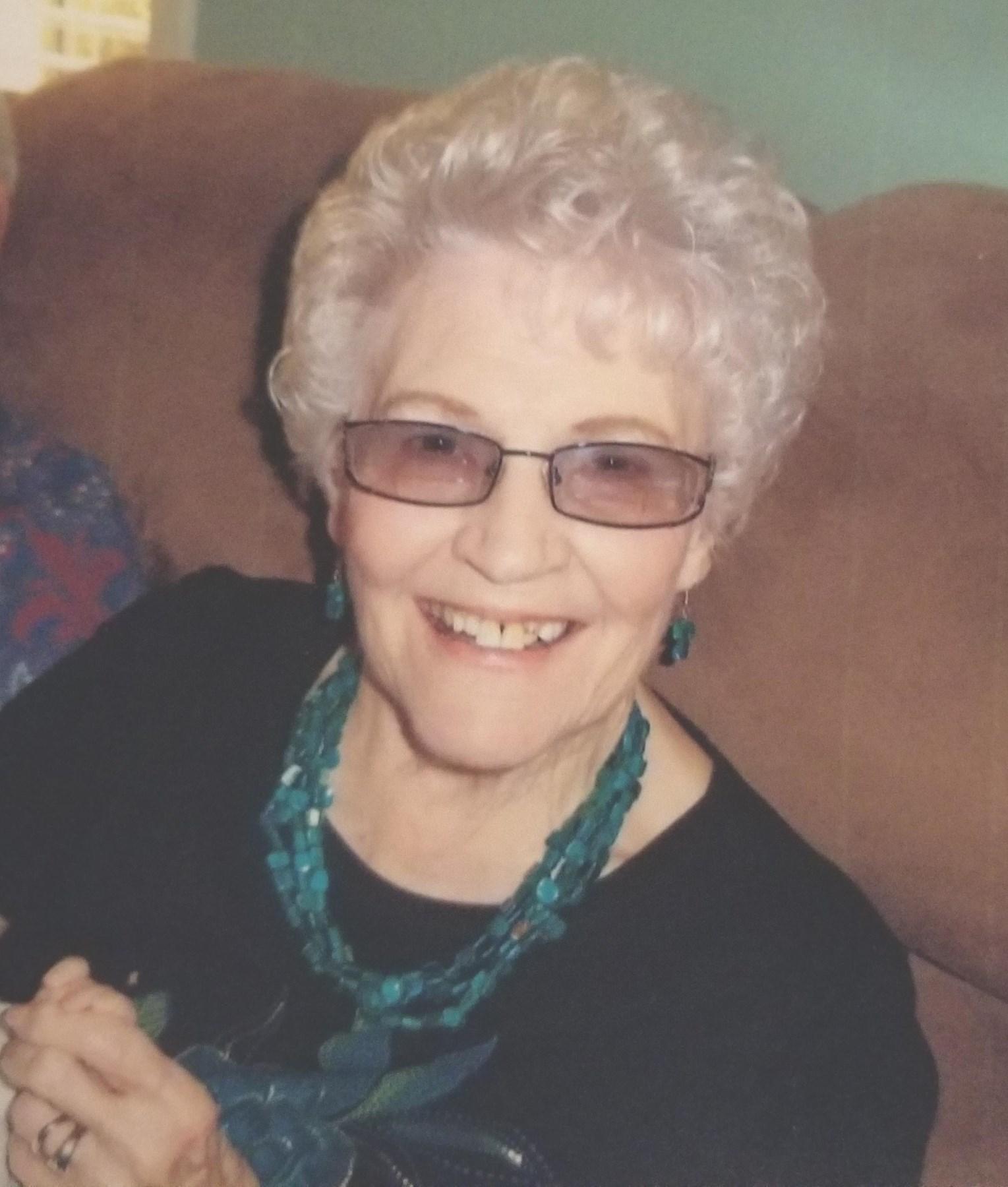 Gloria Robin  Laughlin