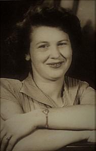 Juanita Elaine  Williams