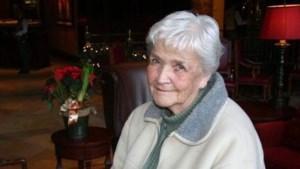Ruth Inez  Sarkissian