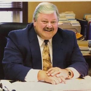 Robert T  Dunn