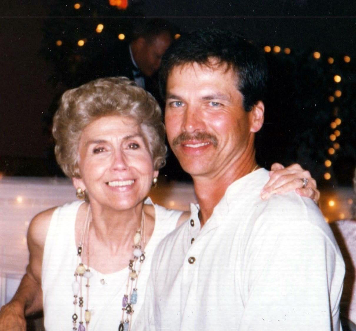 Gloria  Roemer