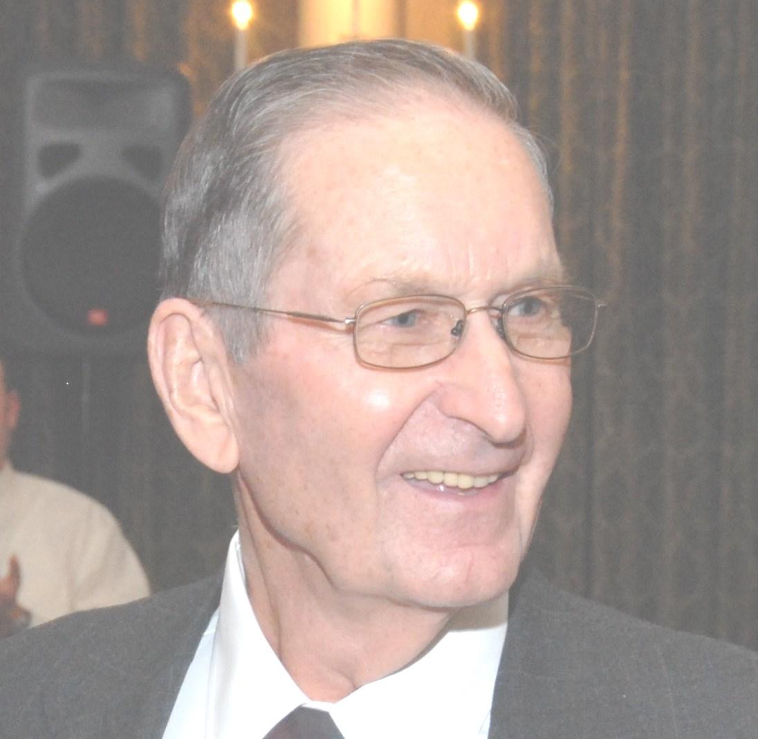 Malcolm Dewey  Tignor