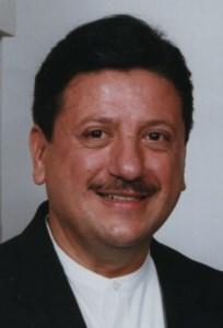 Armando  Arellano