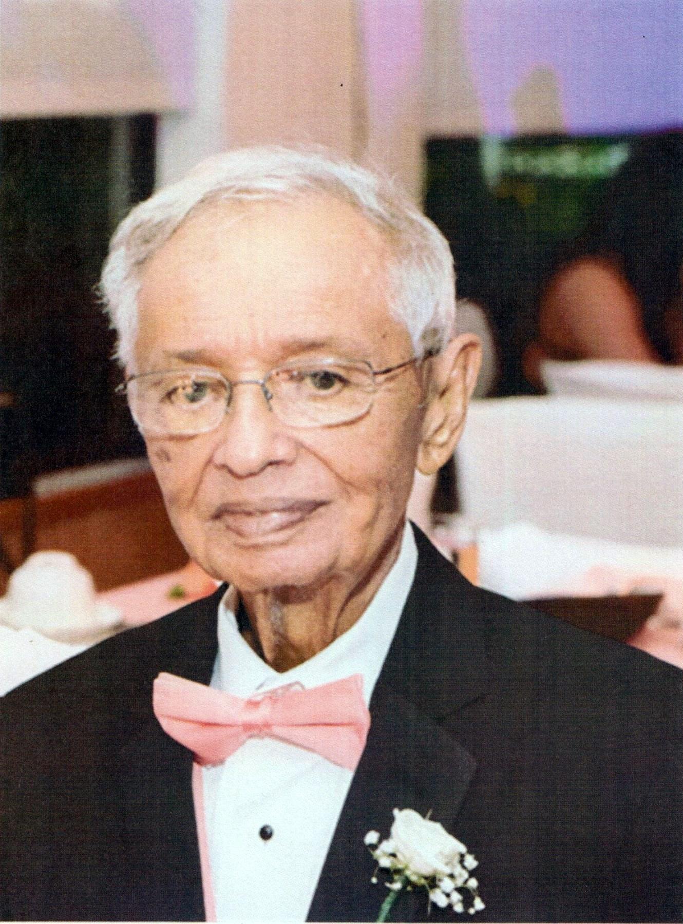 Sr. Roberto  Gerena Rosario