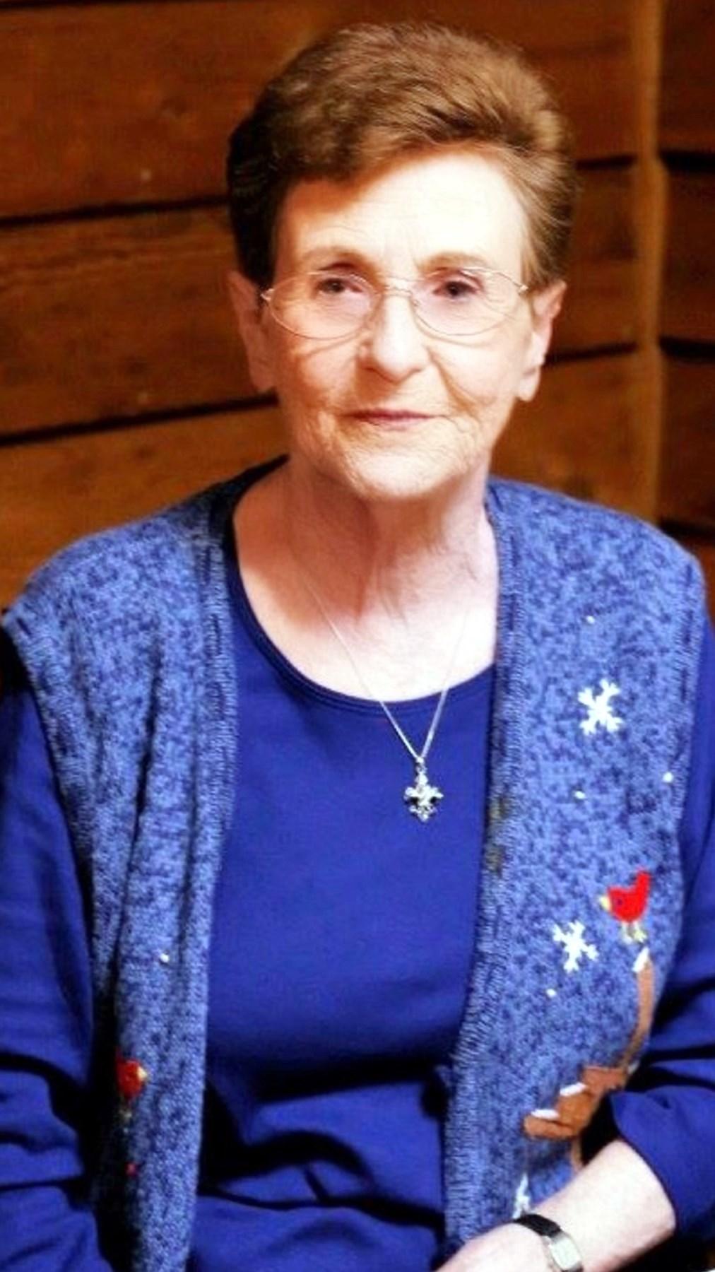 Margaret Evelyn  Dixon