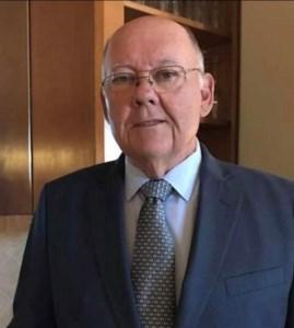 Larry Michael  Hoes
